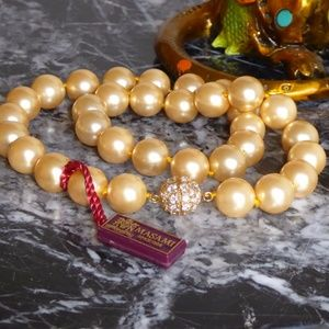 Golden Mother of Pearl necklace
